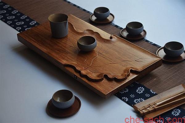 ban-tra-go-chu-nhat (4)